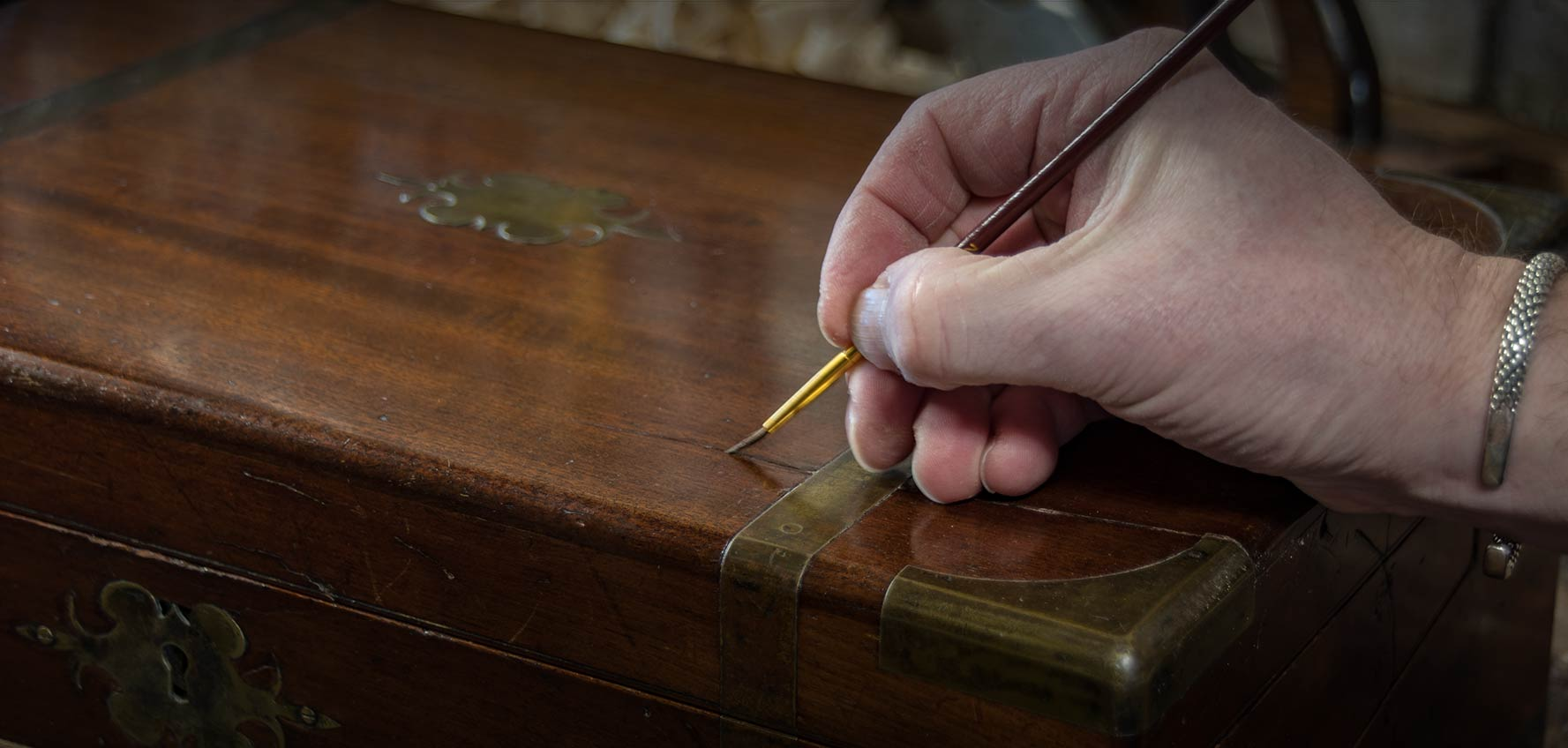 HC Restorations Restorers Of Antiques & Modern Furniture. French Polishing