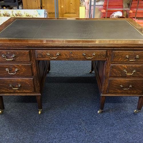 oak-twin-pedestal-desk